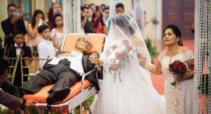 Zomierajúci muž odviedol svoju dcéru k oltáru